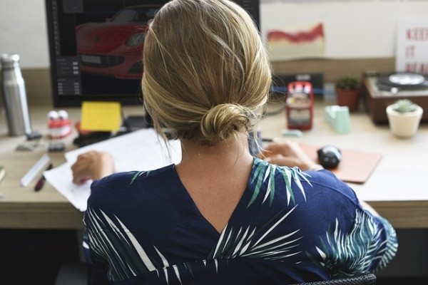 4 Major Career Tips for Insecure Women